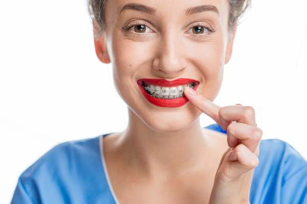 Options For Straighter Teeth From Your Orthodontist